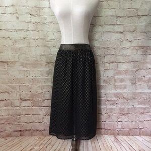 CATO Black Metallic Gold Overlay Skirt 14W 16W